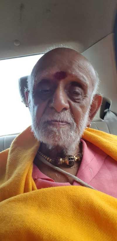 மும்பையில் சிக்கினார் பலே அர்ச்சகர் ராஜப்பா குருக்கள்! Da66c6f6-126d-4336-a62c-e9315379c297-1