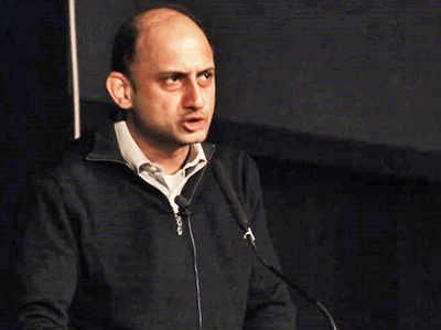 कार्यकाल पूरा होने से 6 महीने पहले RBI के डिप्टी गवर्नर विरल आचार्य ने दिया इस्तीफा