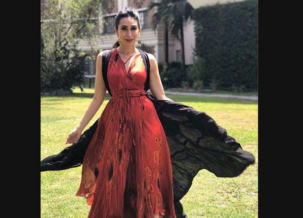 बर्थडे: जब मीडिया के सामने करिश्मा को बहू बोली थीं जया बच्चन