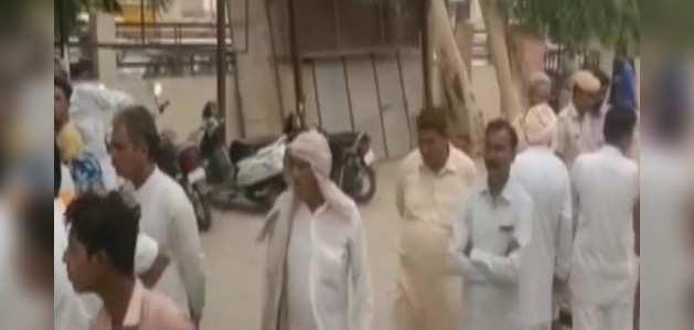 राजस्थान: किसान ने की आत्महत्या, कर्जमाफी न होने का लगाया राज्य सरकार पर आरोप