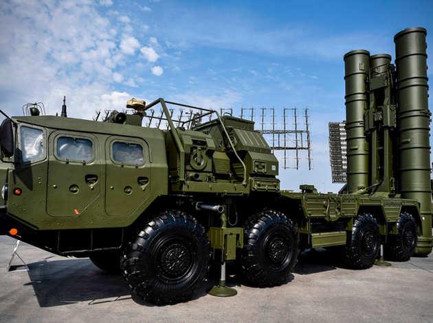 रूस की रक्षा प्रणाली S-400 (फाइल)