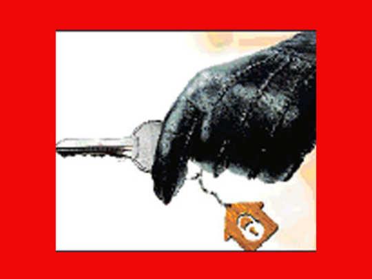 मुंबई: डुप्लिकेट चावीने वृद्धाच्या घरात चोरी