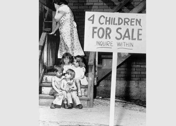 बच्चे की बिक्री