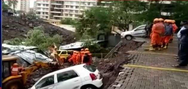 पुणे: बारिश के दौरान दीवार ढहने से 17 की मौत