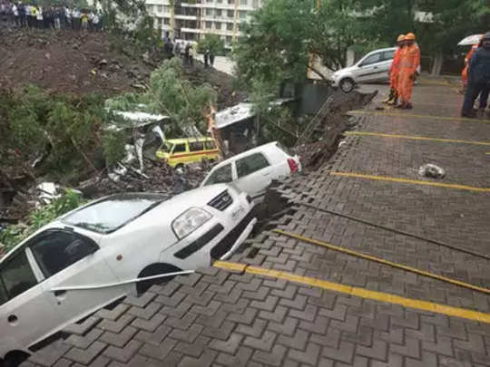 pune-wall-collapse