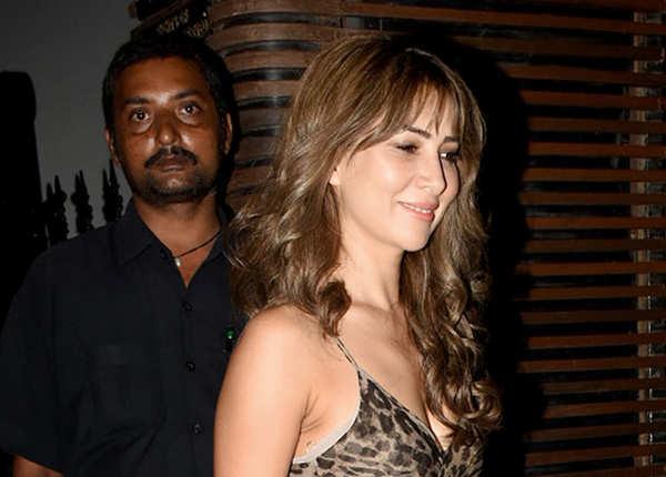 पार्टी में पहुंचीं युवी की एक्स गर्लफ्रेंड किम शर्मा