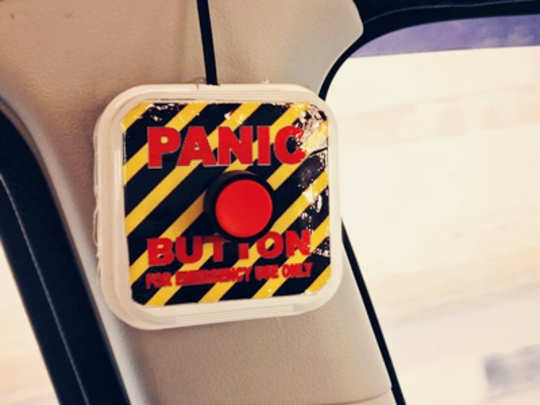 pannic-buttom