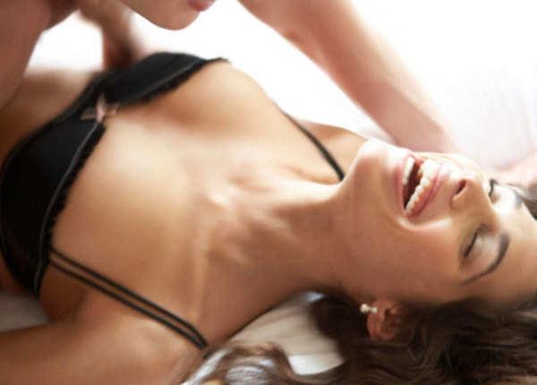 सेक्स में उत्तेजना बढ़ाती हैं ये आवाजें