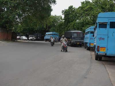 घटना के बाद से इलाके में पुलिस का पहरा