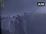 विडियो: BJP सांसद की मौजूदगी में उनके सुरक्षागार्डों ने टोलकर्मियों को पीटा, फायरिंग की