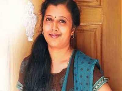 எக்கச்சக்கமாய் சிக்கிய கவிஞர் தாமரை Thamarai