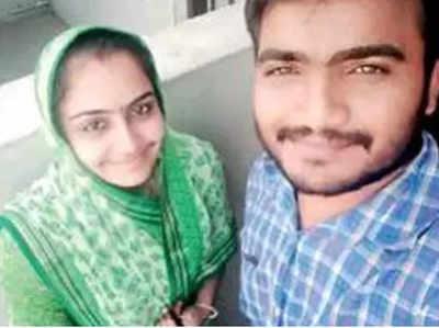 हरेश सोलंकी और उनकी पत्नी उर्मिला (फाइल फोटो)