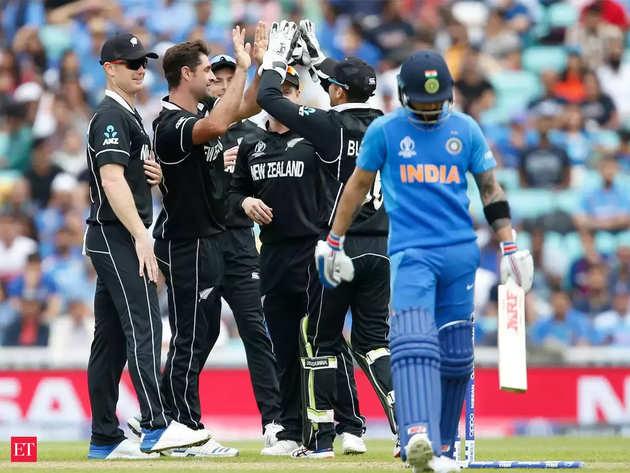 न्यू जीलैंड से हारकर विश्व कप से बाहर हुई भारतीय टीम