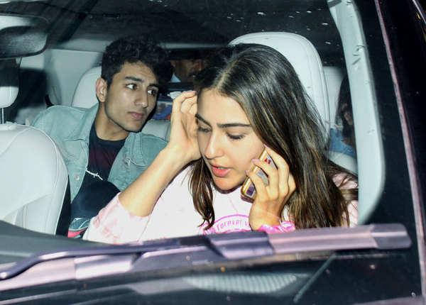 इब्राहिम अली खान भी थे साथ