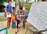 बुलंदशहर में गरीब बच्चों को मुफ्त शिक्षा दे रही हैं 'पुलिस मैडम'