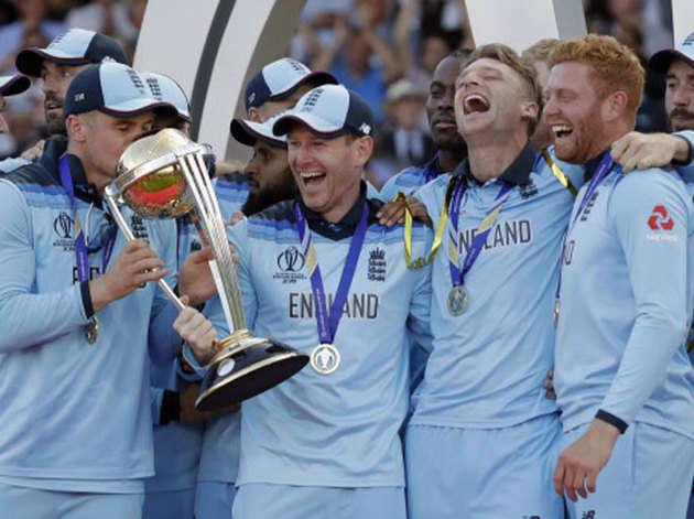...और इंग्लैंड बना विश्व चैंपियन