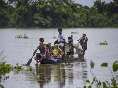 असम में बाढ़ से कुल 4,157 गांवों पर असर पड़ा है