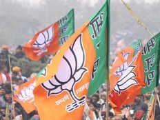 bjp to implement hindutva agenda with cast politics