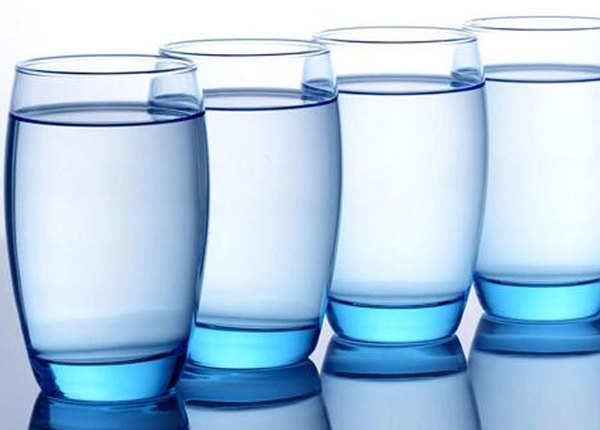 इतना पानी पीना चाहिए