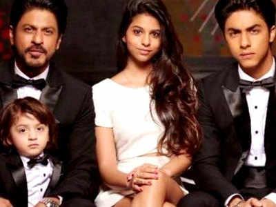 बच्चों के साथ शाहरुख