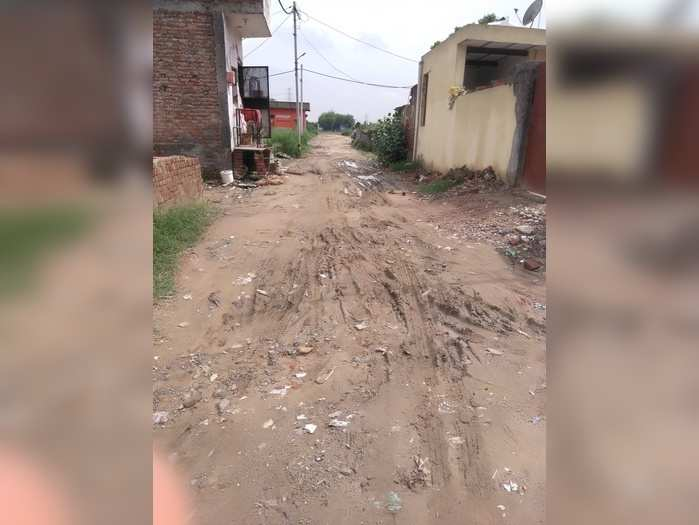 Road become muddy in rainy season and no Lights