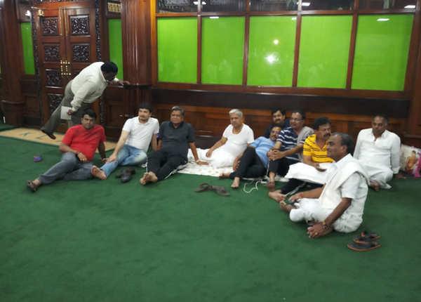 कर्नाटक विधानसभा का नजारा