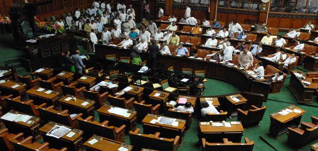 कर्नाटक राजनीतिक संकट: स्पीकर ने कहा- जब तक चर्चा पूरी नहीं हो जाती, विश्वास प्रस्ताव पर वोटिंग नहीं हो सकती