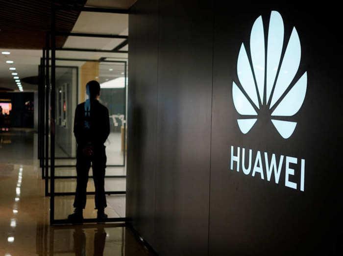 पॉप अप सेल्फी कैमरा के साथ नया स्मार्टफोन लाएगी Huawei