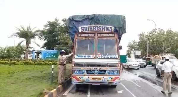 truck carrying match boxes caught fire in vijayawada