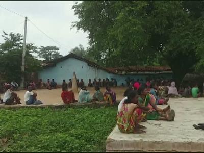 हत्या के बाद गांव में पसरा मातम