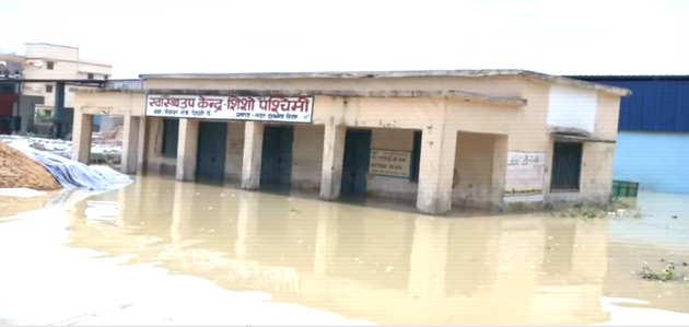 बिहार में बाढ़ का कहर जारी, लाखों लोग प्रभावित