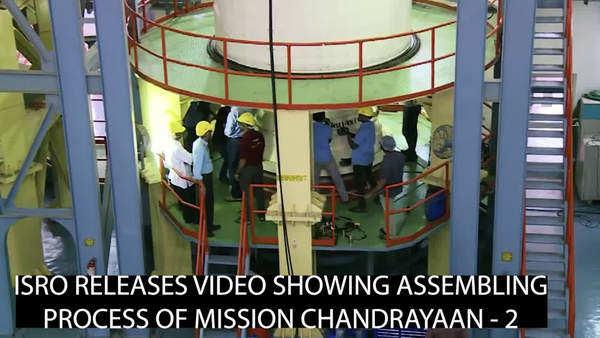 isro launches chandrayaan 2 successfully