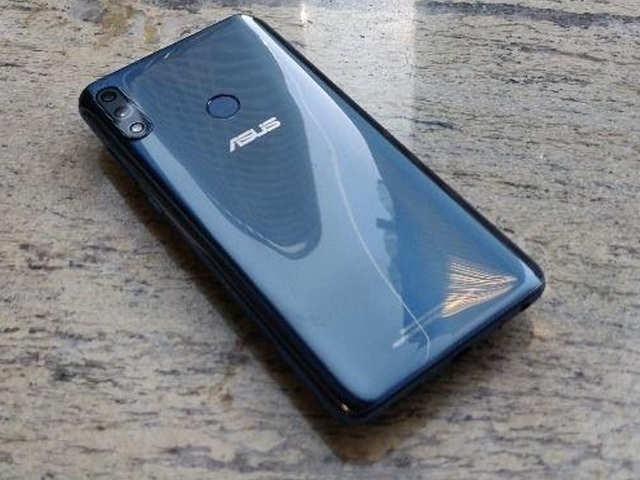 बड़ी स्क्रीन और पावरफुल बैटरी वाला Asus ZenFone Max M2 हुआ सस्ता, जानें नई कीमत