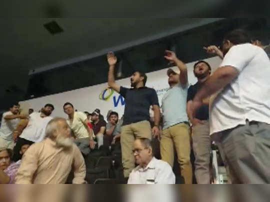 इमरान खान यांची विरोधकांवर टीका
