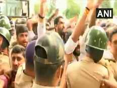 clash between congress and bjp over 2 independent mlas and 144 in bengaluru