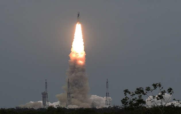 चंद्रयान-2: चंद्रमा के दक्षिणी ध्रुव पर जाने वाला पहला स्पेसक्राफ्ट