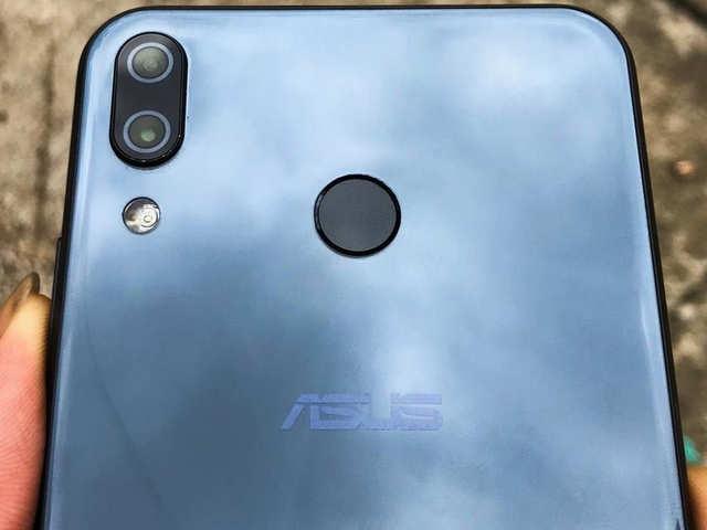 बड़ी स्क्रीन और शानदार कैमरे वाला Asus Zenfone 5Z हुआ सस्ता, जानें नई कीमत