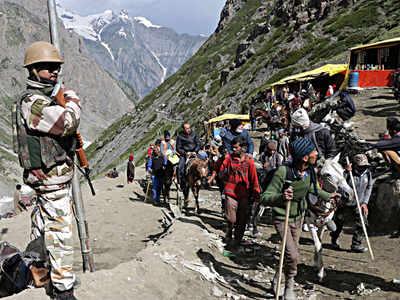 अमरनाथ यात्रा के लिए पहुंचते श्रद्धालु (फाइल फोटो)
