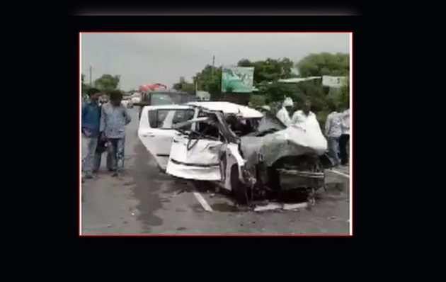 उन्नाव रेप केस: पीड़िता के रोड ऐक्सिडेंट के बाद MLA कुलदीप सिंह सेंगर पर हत्या का केस दर्ज