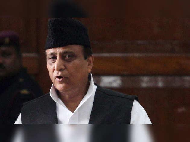 पासपोर्ट में गलत जानकारी देने के आरोप में आजम खान के बेटे पर केस दर्ज