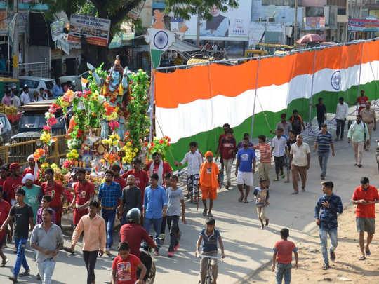 कांवड़ यात्रा में दिखे देशभक्ति के रंग