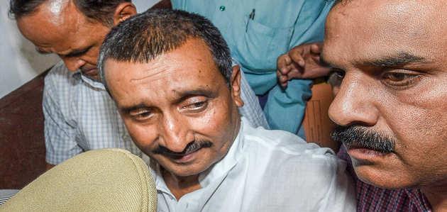 उन्नाव रेप के आरोपी कुलदीप सिंह सेंगर को बीजेपी ने पार्टी से निकाला