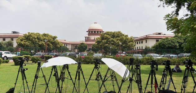 उन्नाव केसः SC का आदेश, सारे केस दिल्ली ट्रांसफर करने के साथ 45 दिन में पूरी करनी होगी सुनवाई