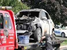 edappadi palanisamy introduced hyundai kona electric suv car model explodes in canada
