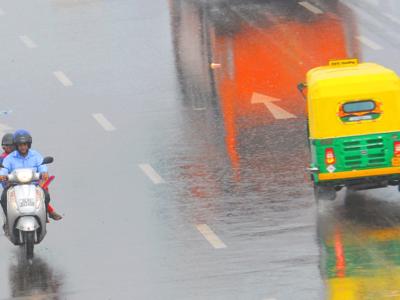 दिल्ली की बारिश (फाइल फोटो)