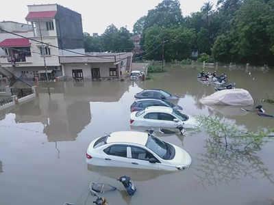 नदी में पानी घटने से लोगों को मिलने लगी राहत