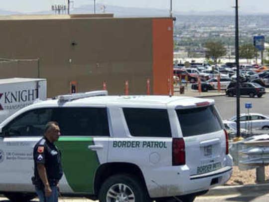 टेक्सासमध्ये बेछूट गोळीबार, २ ठार, २० जखमी