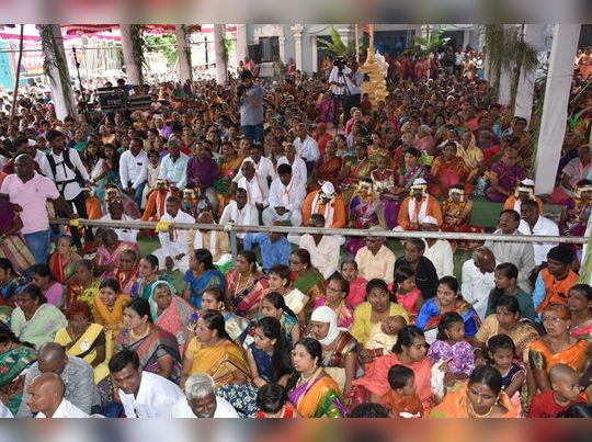 सव्वा रुपयात आठ सामुदायिक विवाह