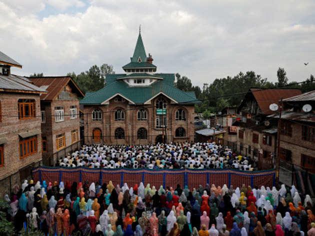 कश्मीर में बकरीद पर शांति