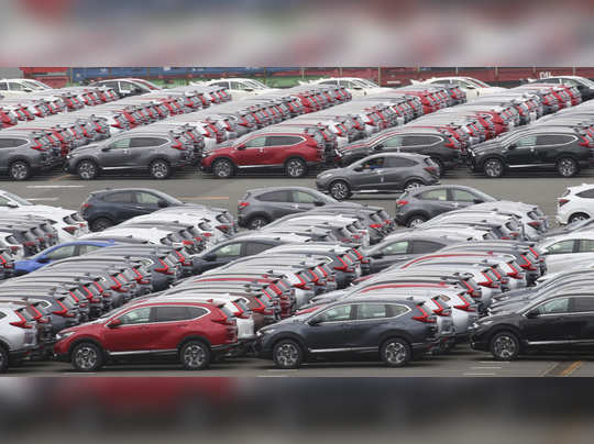 वाहन उद्योग संकटात